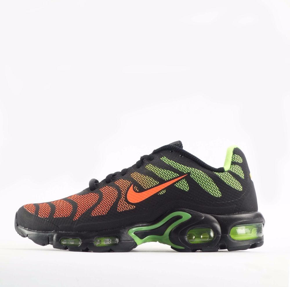 best sneakers b9440 6024f Nike Air Max Plus Hyperfuse TN Tuned Mens Shoes in BlackHyper Crimson Nike  CasualTrainers