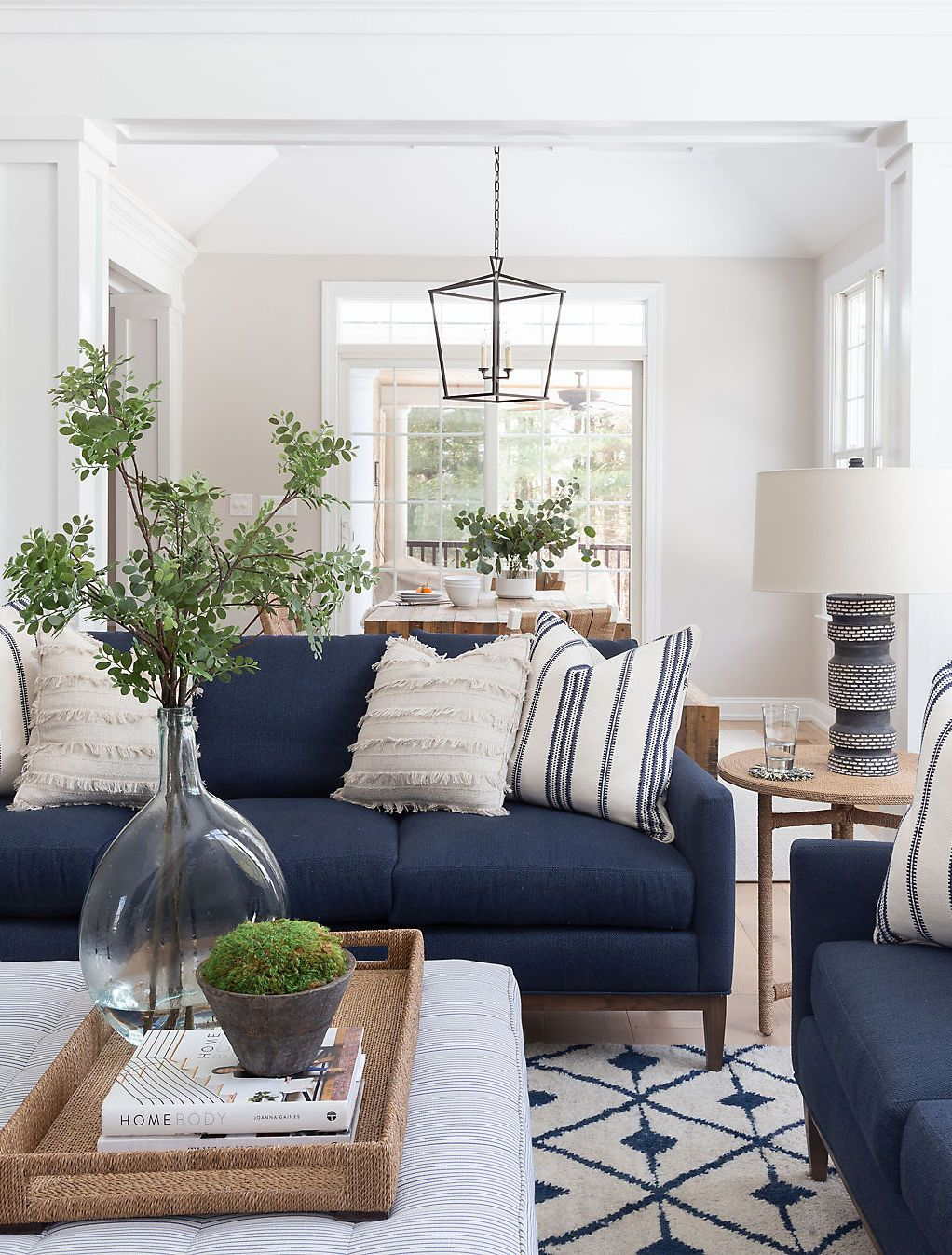 A Pennsylvania Colonial Gets A Breezy Revamp Blue Sofas Living Room Blue Living Room Decor Blue Couch Living Room #navy #blue #couch #living #room #ideas