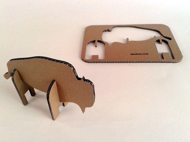 Zubr z tektury - 1, Zabawki, karton, tektura, zwierzaki, cardboard, toys, dzieci, kids; #toys #cardboard #animal #zkartonu