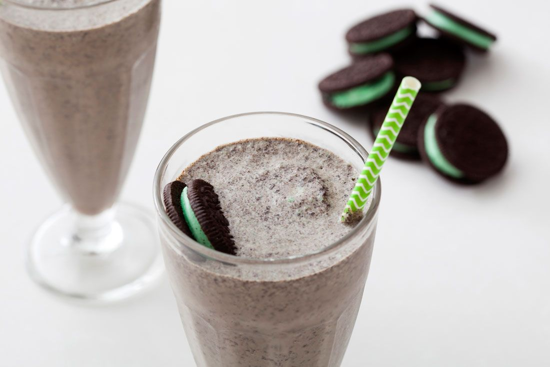 Use mint ice cream, Oreos, and booze to make the mintiest dessert ever.