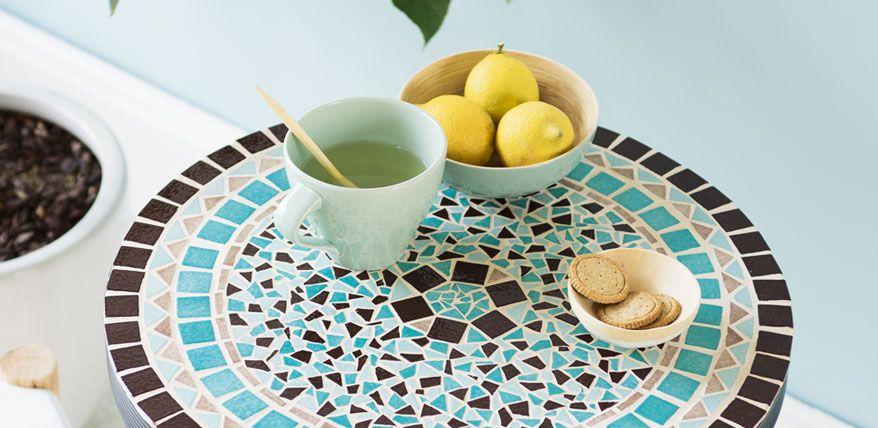stein um stein anleitung f r einen mosaik bistrotisch mosaik pinterest bistrotisch. Black Bedroom Furniture Sets. Home Design Ideas