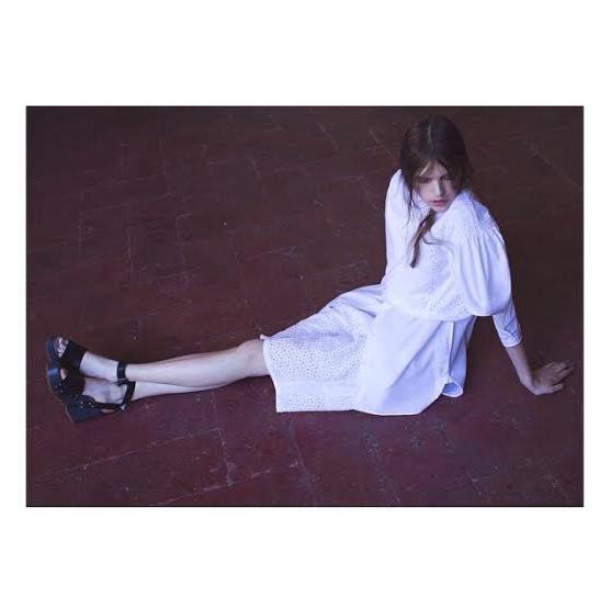 TELAeditorials  White Dress: TELA9 Photo: Agnese Mazzenzana Styling: Mauro Demestria → http://goo.gl/KoiaLx