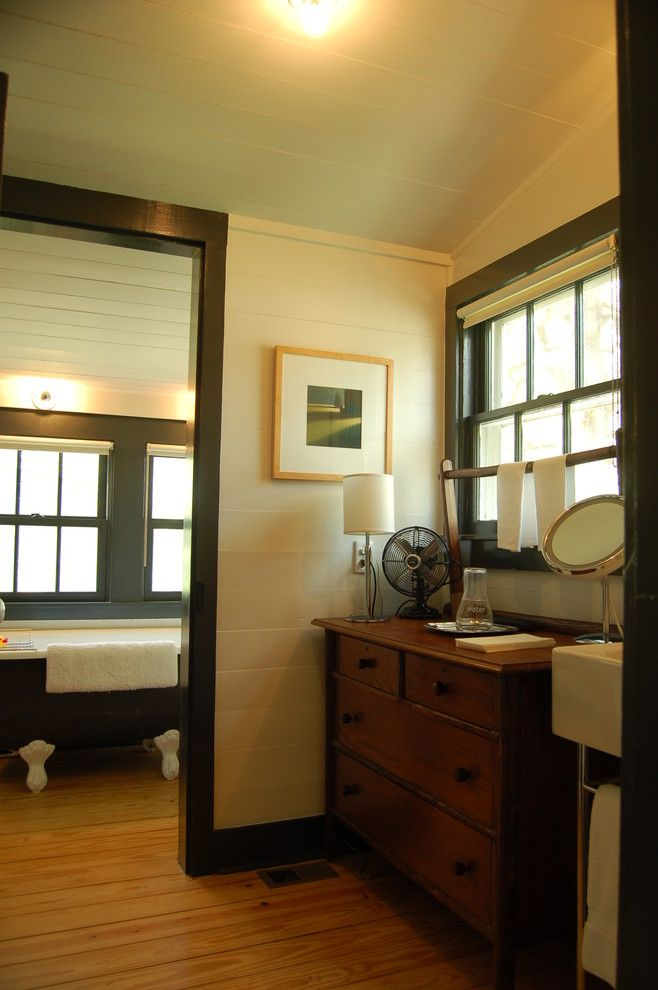 Historic House Traditional Bathroom Austin Tim