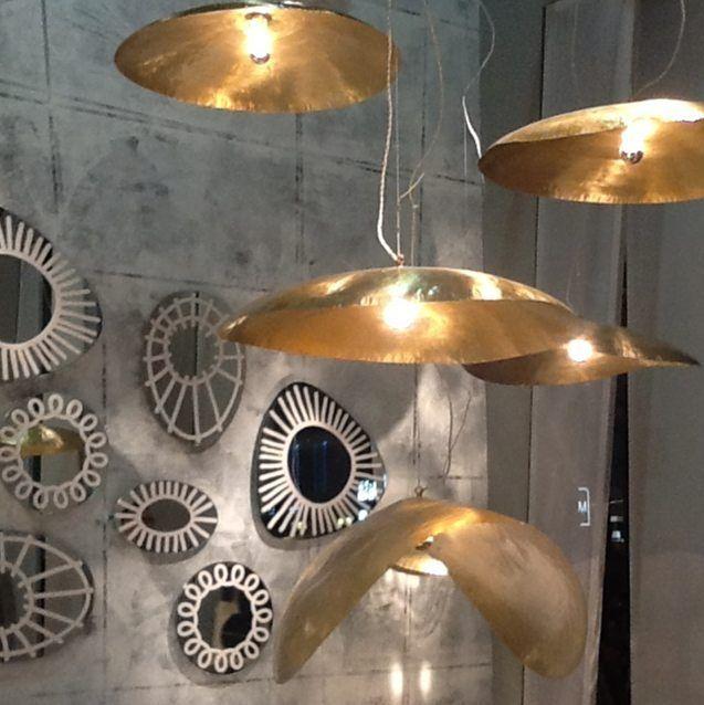 #gold#lamps#grey#design#interior#interiordesign#interiordesigner#decoration#architect#architecture#light#lighting#lightdesign#lightdesigner#instadecor#decor#instadesign#isaloni#milano#ricerche#lavoro#relax#amoilmiolavoro#ilovemyjob by annacapponi_a