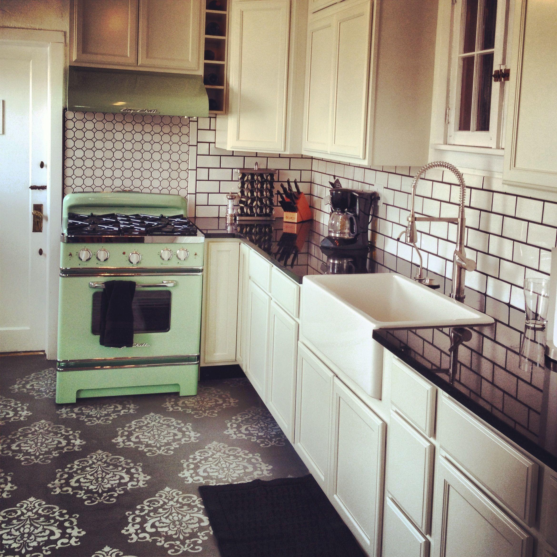Retro kitchen. My pinterest inspired kitchen remodel. Big