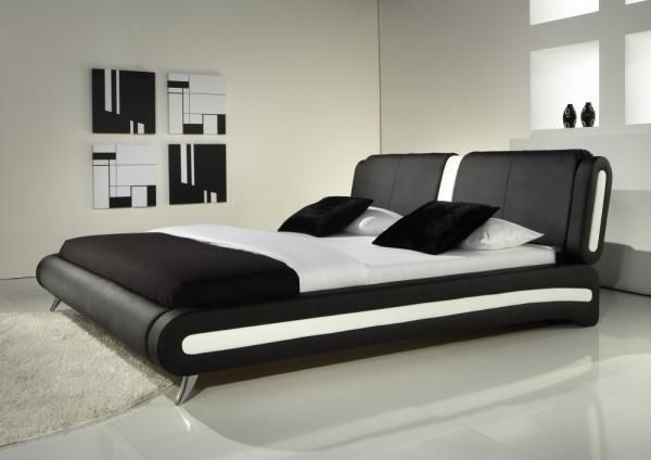Pin By Eva Fathy On House Ideas White Leather Bed Leather Bed