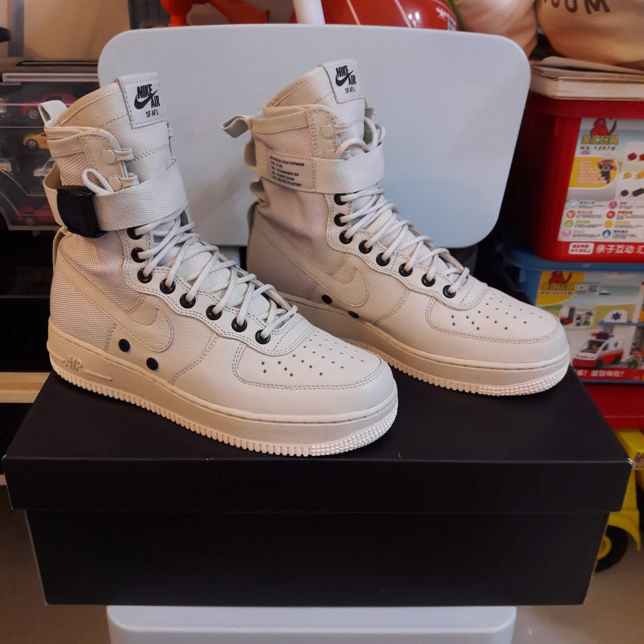 super popular 94ecc 5038b Air Force 1 High, Nike Boots, Nike Air Force Ones, Air Force Sneakers