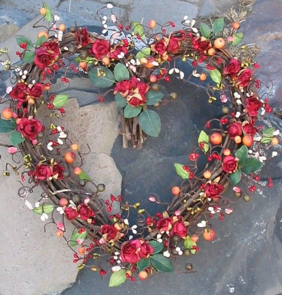 Red Rose Grapevine Heart Wreath Heart Shaped Wreaths Wreaths Floral Wreath