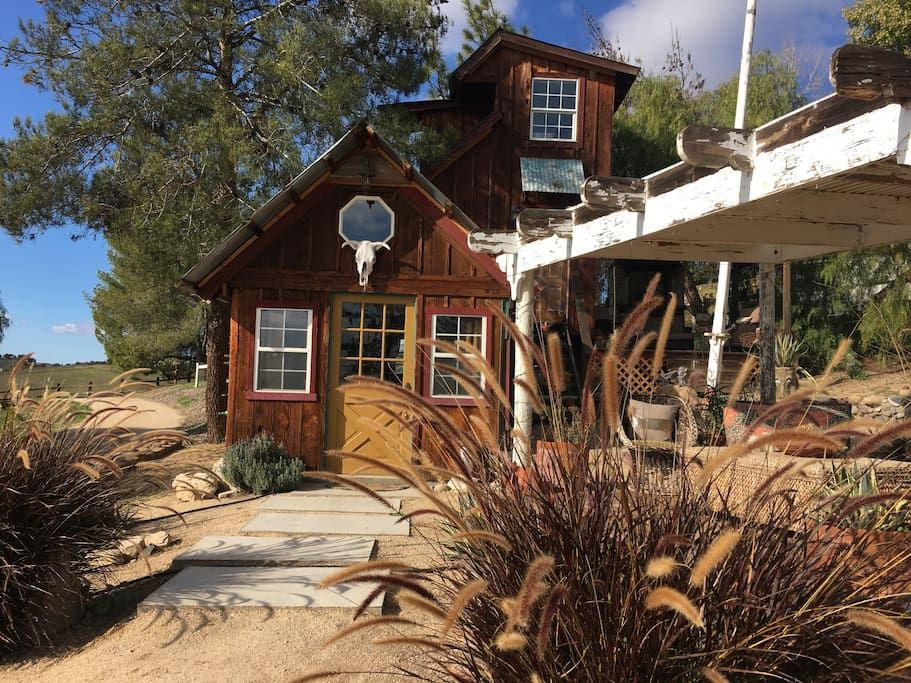 Cabin In Paso Robles United States Rustic Tiny Living