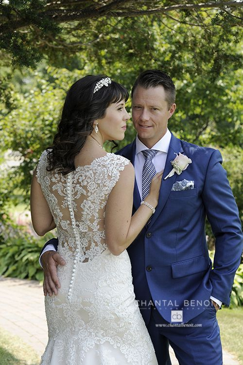 Wedding ideas with the color blue wedding groom's suit