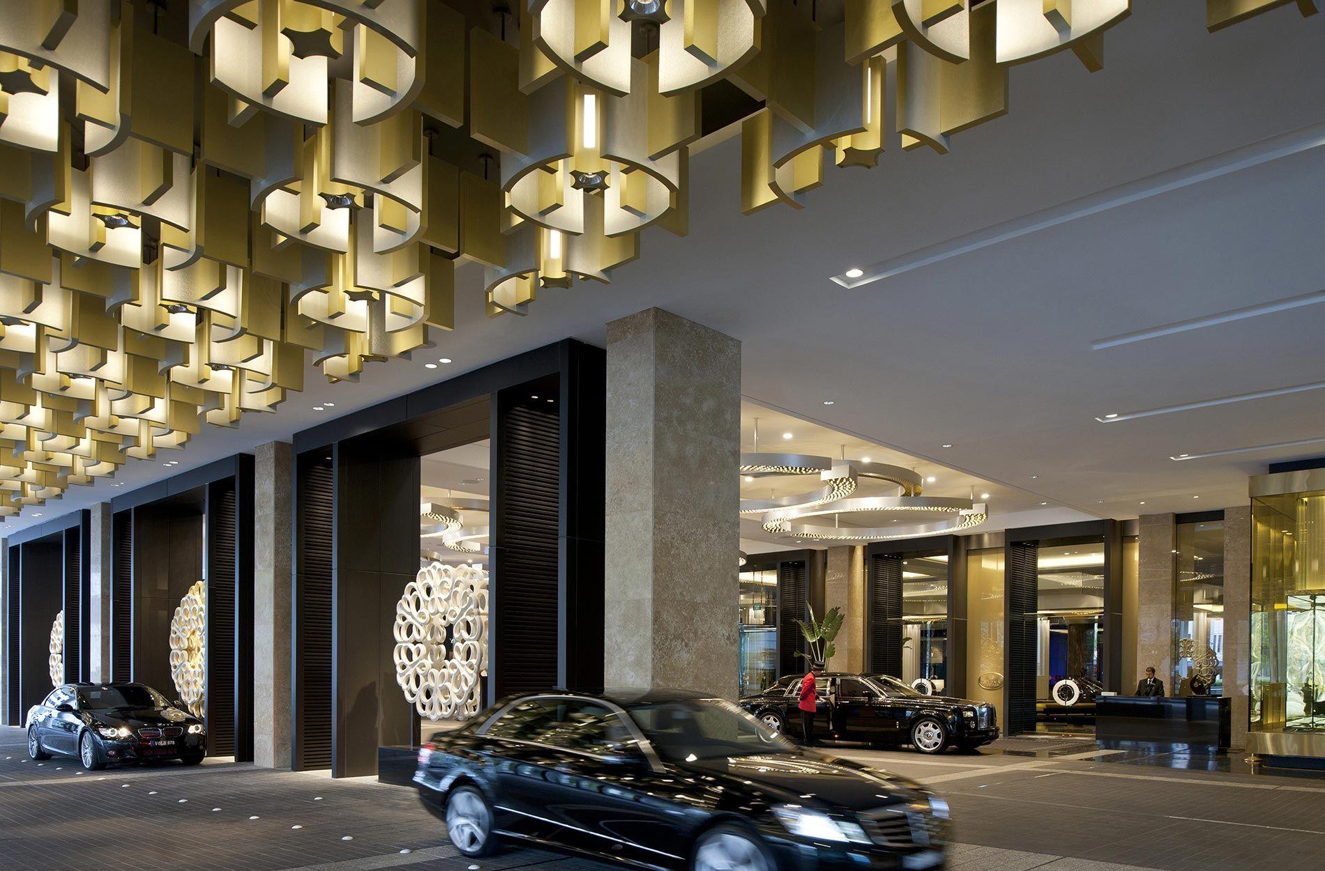 Hotel Entrance Porte Cochere
