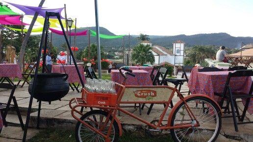 Bicicleta da cruch do arroz carreteiro em  pirenópolis  mais panela de ferro arroz carreteiro food truck #arrozcarreteirofoodtruck #foodtruck #foodtruckbsb #vemcumecumnois