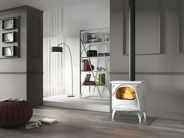 po le bois granul s 15 mod les tendance et design de chauffage po le peinture noire et. Black Bedroom Furniture Sets. Home Design Ideas
