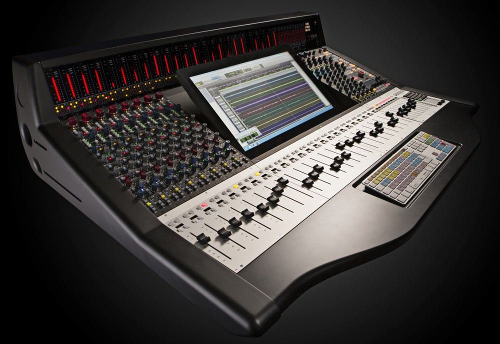 AMS Neve Genesys Black G16 Console (24 faders, 8 analogue
