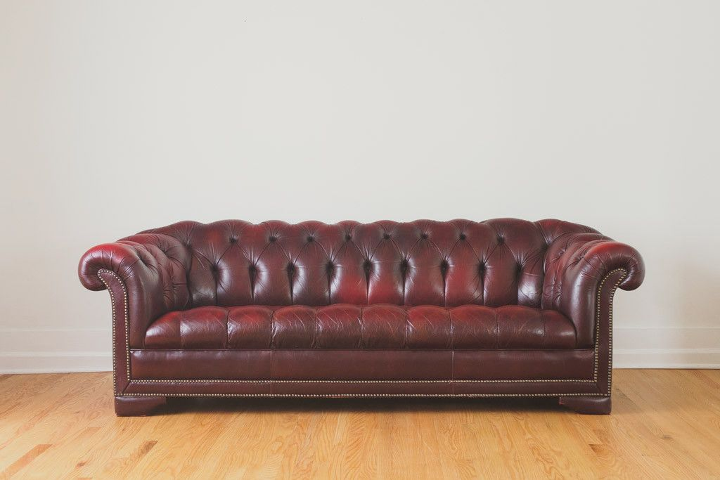 Phenomenal English Leather Chesterfield Leather Chesterfield Red Bralicious Painted Fabric Chair Ideas Braliciousco