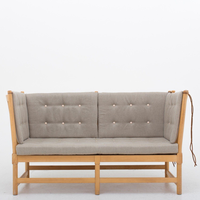 Bm 1789 Reupholstered Sofa Med Billeder Mobler