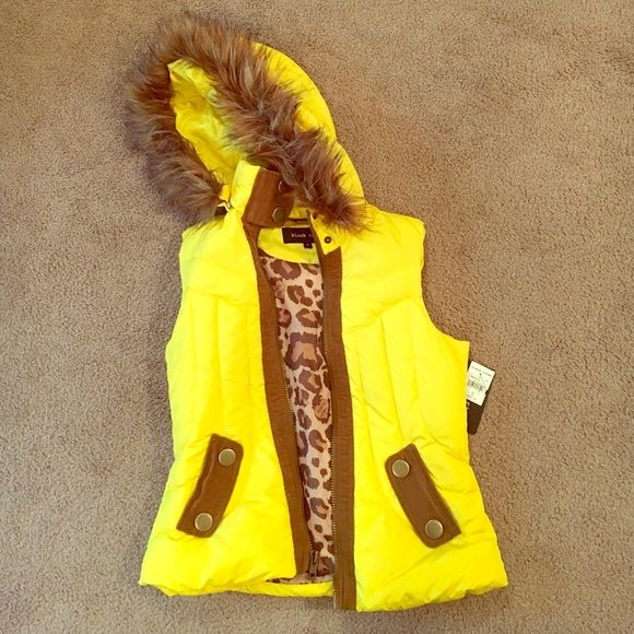 Yellow fitted vest Bright yellow, puffy, fur on the hood (removable) Black rivet Jackets & Coats Vests