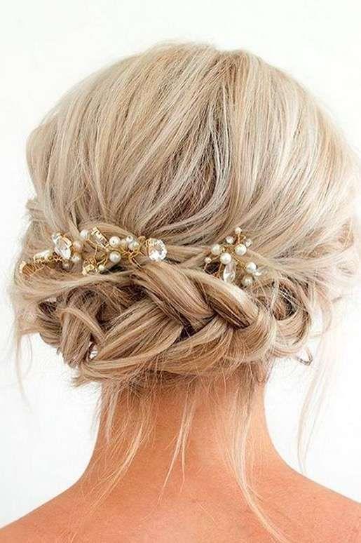 Recogidos de pelo corto para bodas