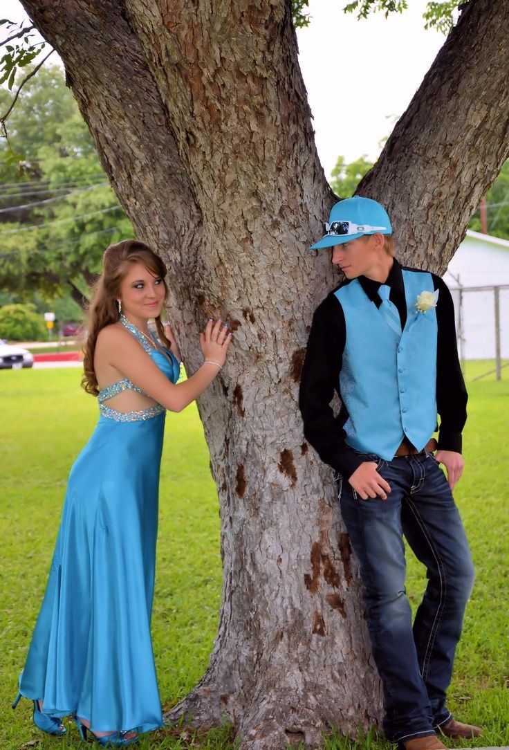 prom picture ideas for couples | Prom/couples #promproposal #promphotographyposes
