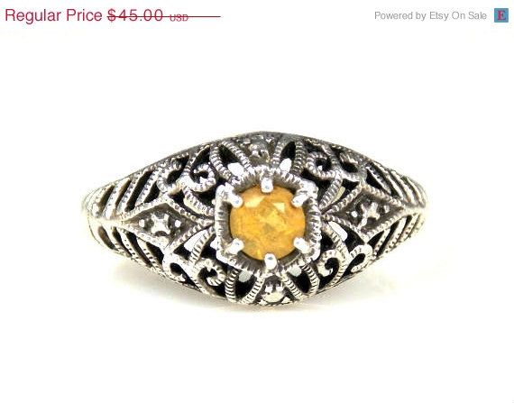 Sale Vintage Yellow Garnet Sterling Silver Ring 6 by TheFashionDen