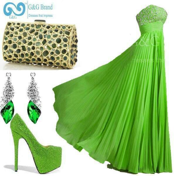 """A ''Poison Ivy"""" Inspired Look.. Maybe with a sparkly dark green clutch instead <3"""