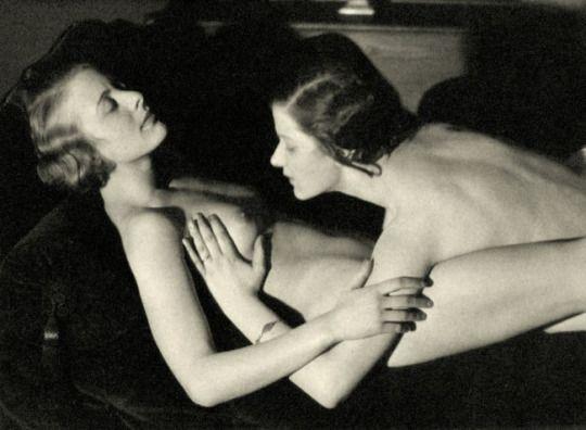 Drei Lesbische Babes Lecken Sich Pornos Gratis - Nackte Filme