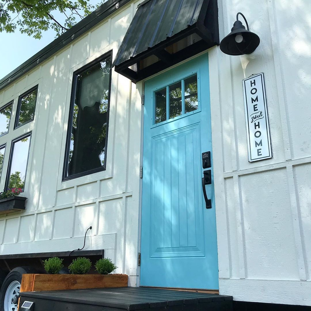 Stephanie Barber On Instagram A Tiny Oasis That I M Lucky Enough To Call Home Tinyhouse Airbnb Rentme Zionsville Indiana Tinyh Barber Oasis Rent Me