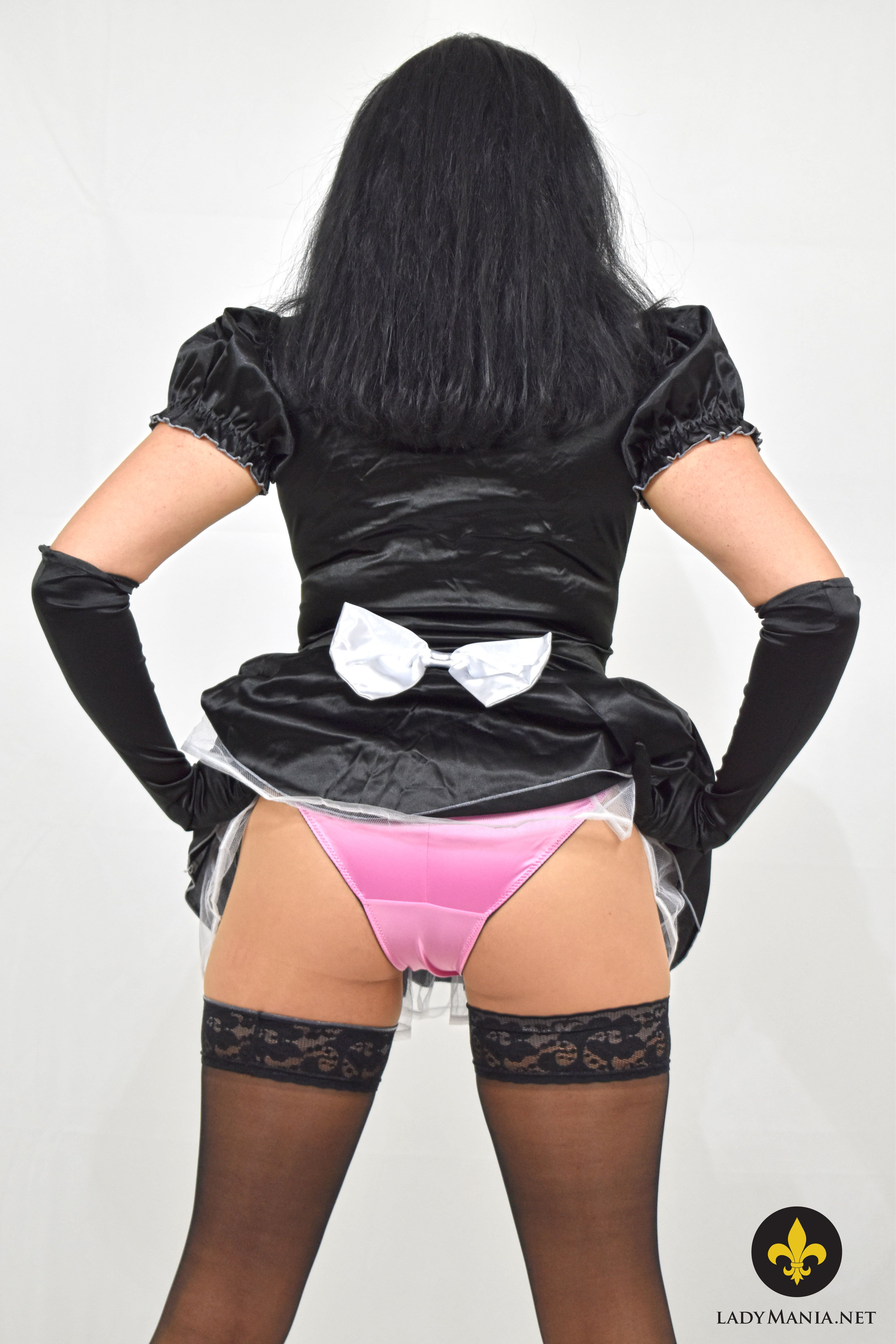 Sissy serf tightly fastened
