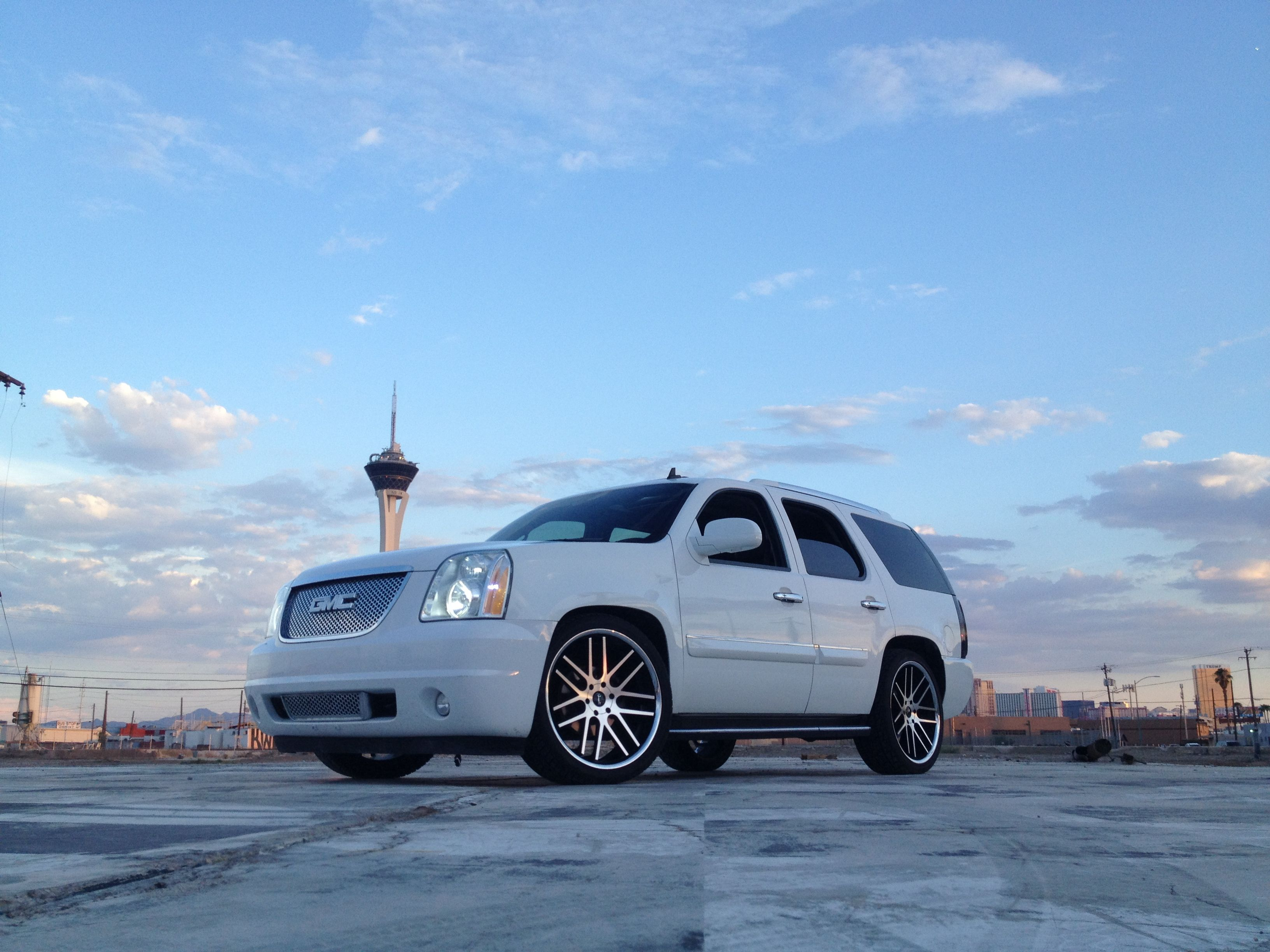 R Brizeno S Lowered Yukon Denali On 24 Gianelle Yerevans