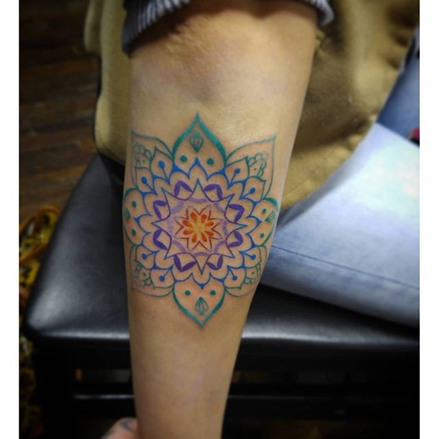 Michaelquinn Uptownarts Charlottetattoos Charlottetattooers Nctattooers Nc Mandala Color Art Girlswithtattoos Tattoos Geometric Tattoo Girl Tattoos