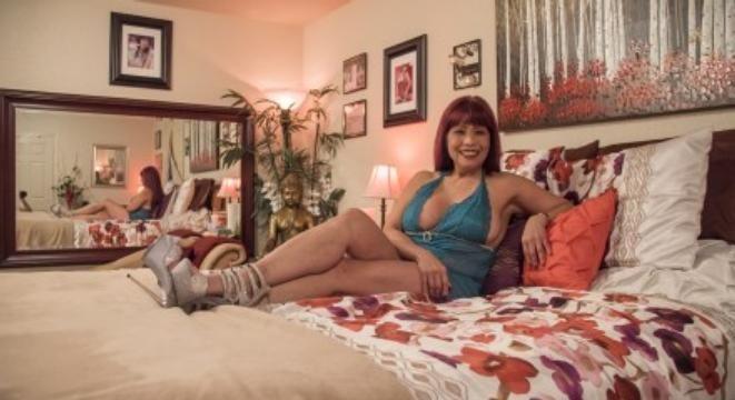 Sex shows las vegas strip