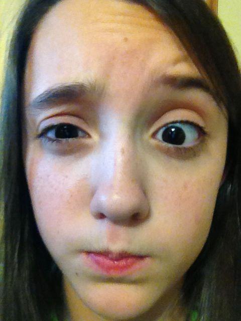 Raise an eyebrow - definition of raise an eyebrow by The