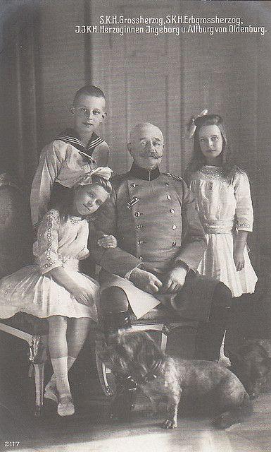 gro herzog von oldenburg mit seinen kindern grand duke of oldenburg with his children. Black Bedroom Furniture Sets. Home Design Ideas