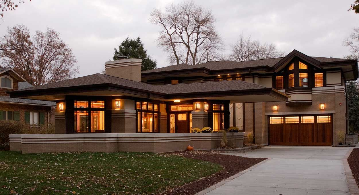 Elegant frank lloyd wright prairie style with garage and for Frank lloyd wright type house plans
