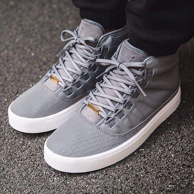 6ea0608ac6 6 Astounding Diy Ideas  Best Winter Shoes shoes flats comfortable.Shoes  Sneakers Minimal Classic black shoes diy.Toms Shoes Denim.