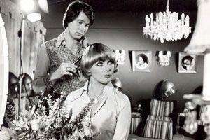 Ausnahmsweise einmal ohne Georg, dafür zweimal Hans: Bundy auf einem frühen, undatierten Werbebild (mit Elke Sommer) ...