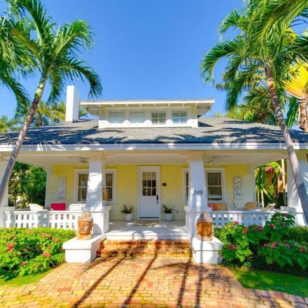 Fortheloveofoldhouses On Instagram Ldquo Palm Beach Fl 1910 5 100 000 Palm Beach Palm Beach Fl Beach Cottages