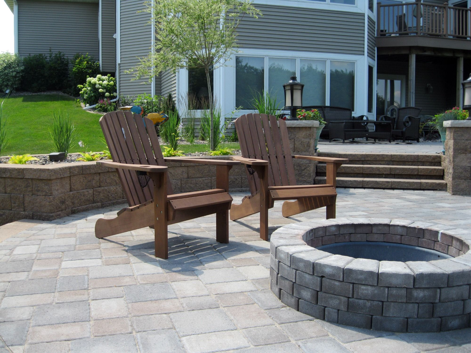 Outdoor Living Versa Lok Retaining Wall Fire Pit Willow Creek Paver Patio Cobblestone