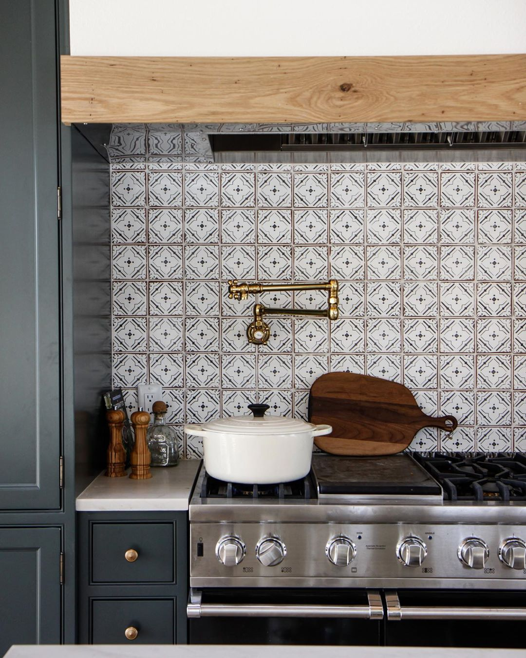 Park Oak On Instagram Given The Increase In Time Spent In The Kitchen Lately We T Unique Kitchen Backsplash Kitchen Tiles Design Kitchen Backsplash Designs