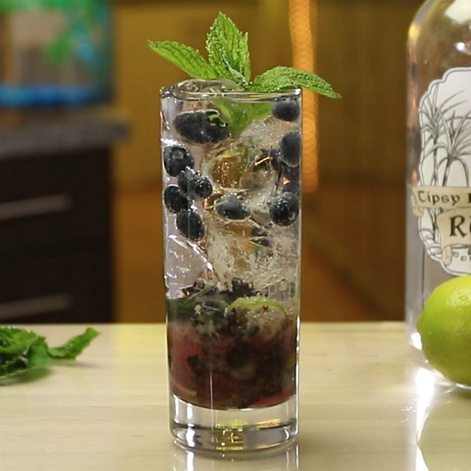 Refreshing Mojito Recipes Best Mojitos From Tipsy Bartender Blueberry Mojito Blueberry Mint Cocktail Recipe