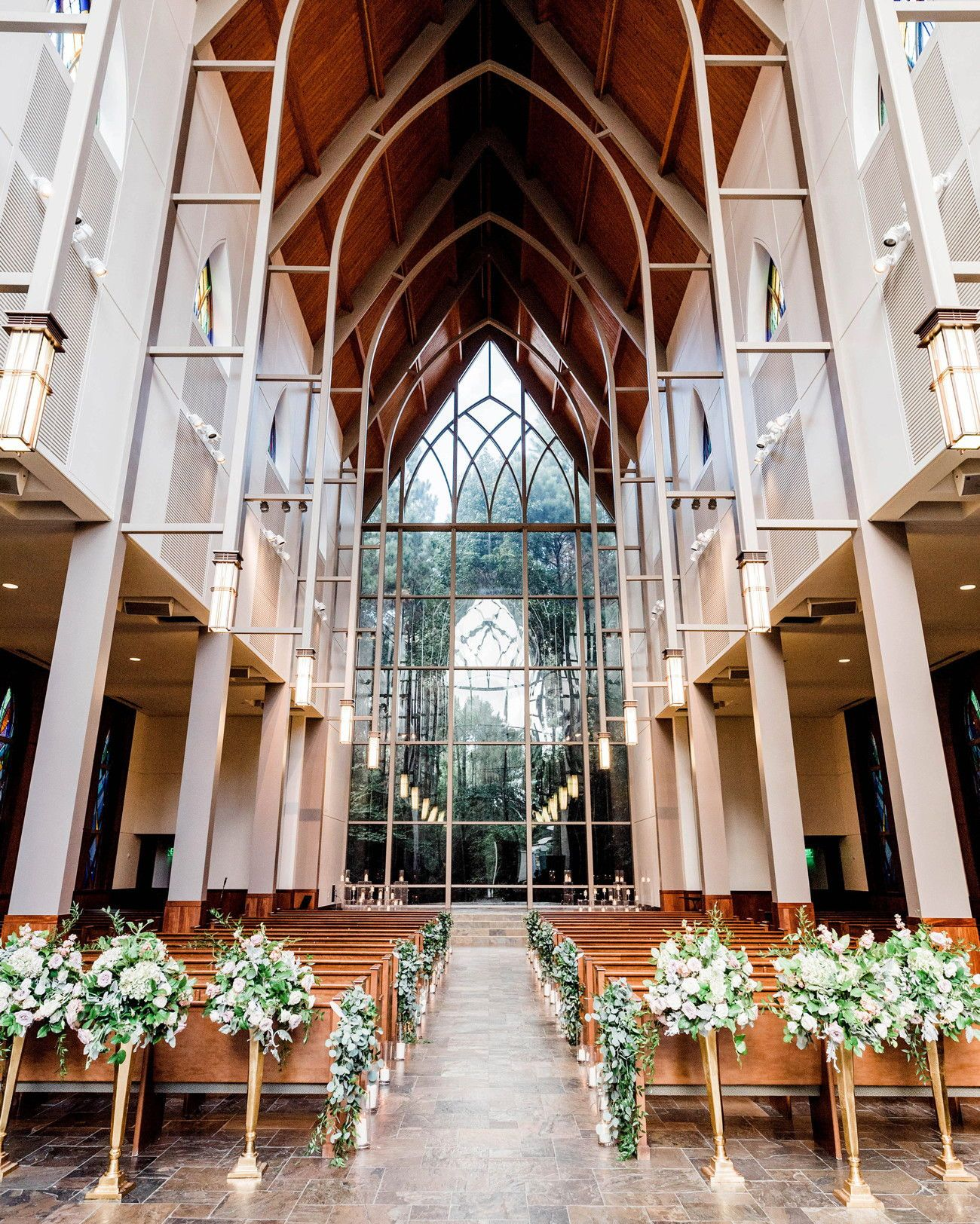 This Texas Wedding Took Place In A Stunning Church With Wooded Views Chapel In The Woods Texas Weddings Red Bouquet Wedding