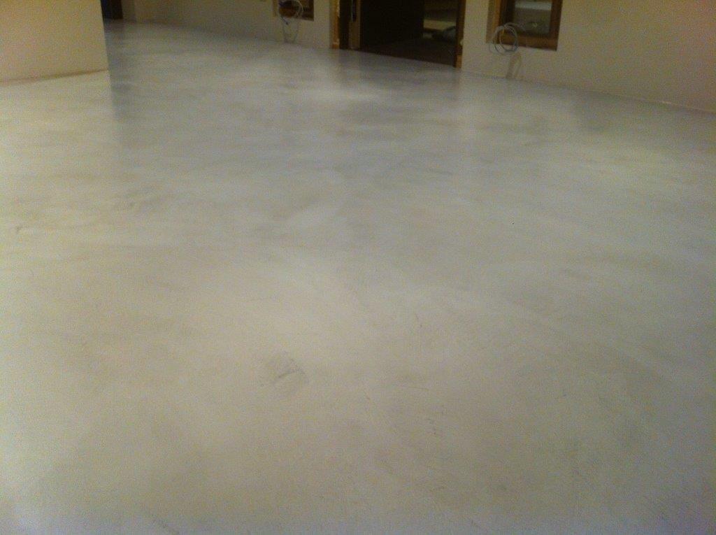 Beton Versiegeln boden béton floor in einem sehr weichen hellen grau 3 schichten