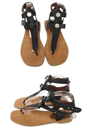 Today's Hot Pick :金属亮片夹趾平底凉鞋 http://fashionstylep.com/SFSELFAA0015503/stylenandacn/out 金属亮片夹趾平底凉鞋 炎热的夏季,最希望得到丝丝清凉舒爽。 舒适的凉风吹拂,闪亮的金属片, 简约淡雅的气质凉鞋, 给你提供最舒爽的穿着感受。 夏天休闲逛街,旅游步行穿着它 让您轻松自由~