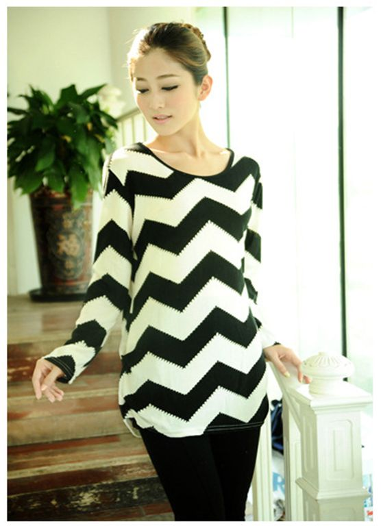 Wavy stripped cashmere T-shirt