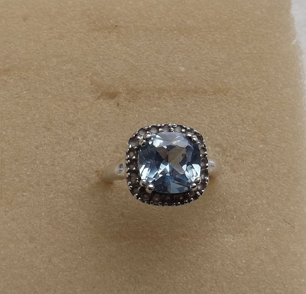 STERLING SILVER Cushion-Cut BLUE TOPAZ Halo Setting Ring (SIZE: 7) - NO RESERVE!