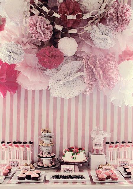 ideas para decorar fiestas con pompones