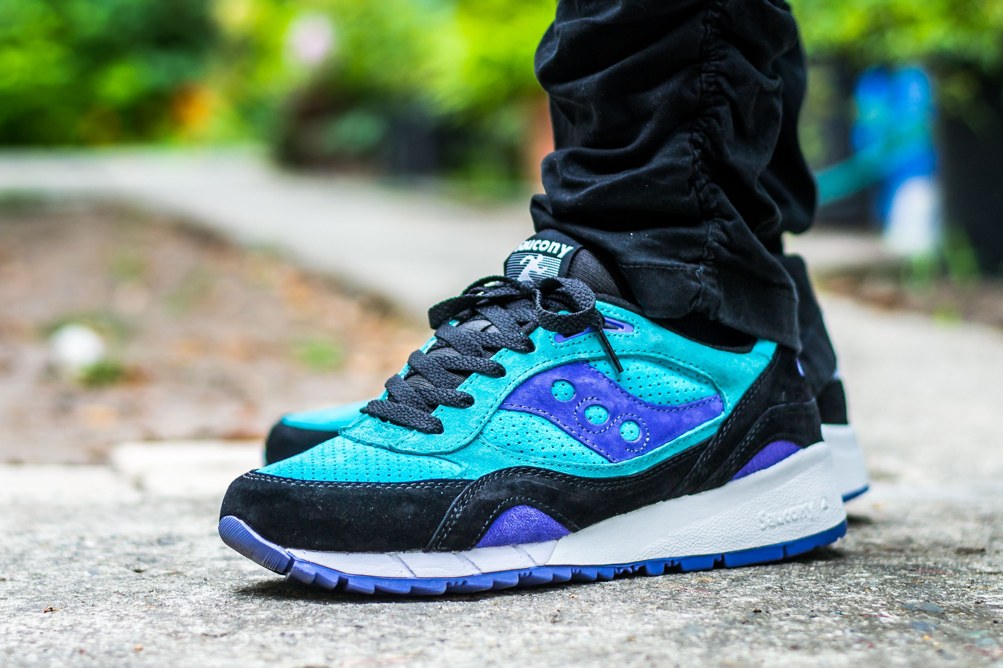 on sale 246b0 19ea2 Click to see my video review of the Saucony Shadow 6000 Bermuda Pack and find  out where to buy a pair yourself