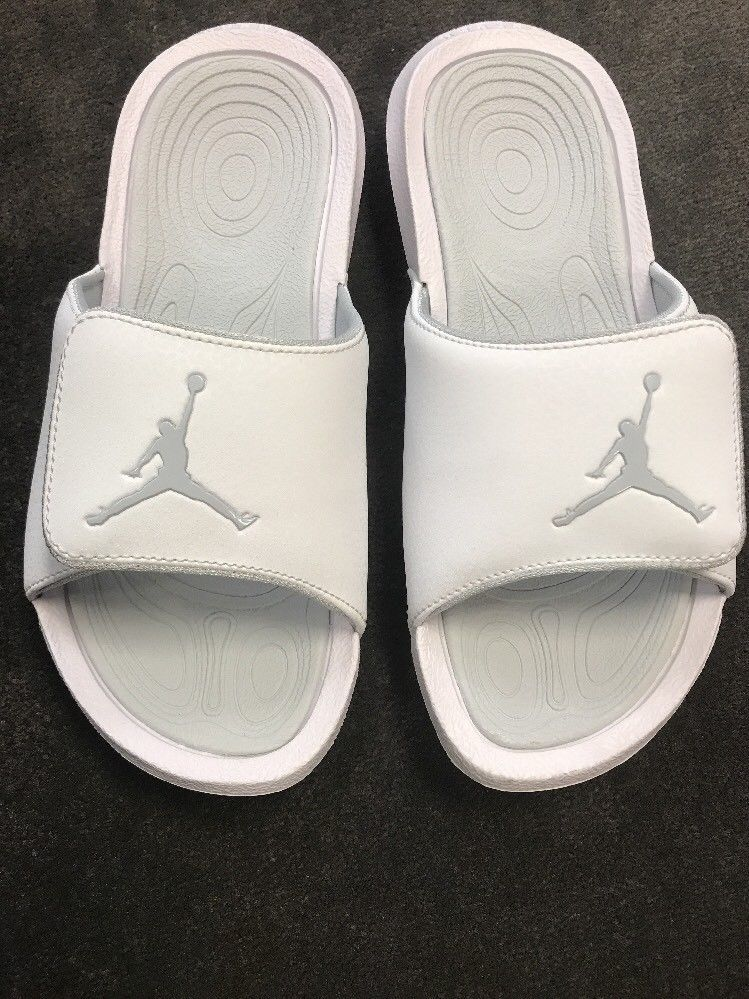 067a1352159a2 Jordan Slides New Without Tags White Slides Youth kids Size 4