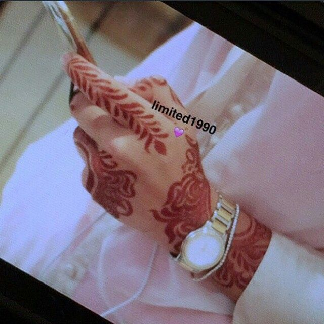 Beauty On Instagram حناء حنايات الحناء نقش فن موضه الامارات ابوظبي دبي تصويري عدستي صالونات فساتين Saudi Hand Henna Henna Designs Hand Henna Tattoo