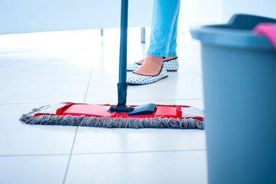 Gulvvask - guide til vask af forskellige gulvtyper